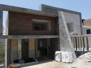 Minimalist house by CESAR MONCADA SALAZAR (L2M ARQUITECTOS S DE RL DE CV) Minimalist