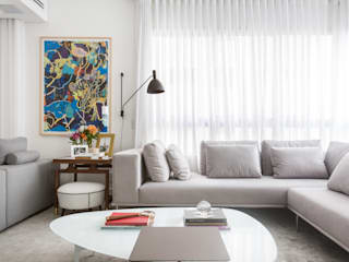 Michelle Machado Arquitetura Minimalist living room Glass White