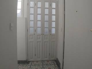 クラシカルな 壁&床 の Alejandra Espinosa クラシック