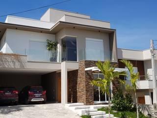 Residencia LA por BRITA ARQUITETURA Moderno