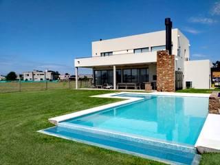 Casa Mario de LR arquitectura Moderno