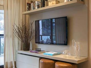 Instalação de TV LED em Blumenau bởi Fix Serviços