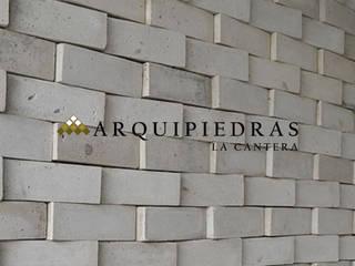 Revestimiento de Muro Casas de estilo rústico de Arquipiedras Rústico