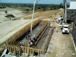 Construcción de casa club Altozano El Nuevo Tabasco de Grupo Constructor Mega, S. A. DE C. V. Moderno