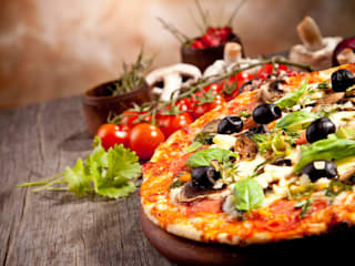 Essential Factors to Consider While Choosing a Pizza Restaurants! Country style dining room by Toarmina's Pizza Country