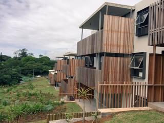Modern Houses by Trak Construction Modern