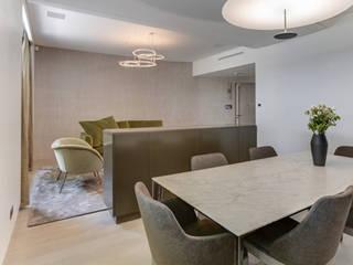 Appartement privé Paris Salle à manger moderne par Agence Florence Rigon Moderne