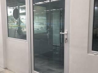 โรงงาน พัทยา กระจก ยูพีวีซี Pattaya UPVC Windows & Doors Puertas de cristal Vidrio Blanco