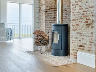 HERMANUS, BEACH HOUSE Rustic style dining room by Oggie Flooring Rustic