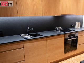 Drewno w kuchni od Zakład Stolarski Kulenty Nowoczesny