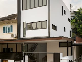 Frame House by Atelier M+A Modern