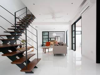 Frame House Modern living room by Atelier M+A Modern
