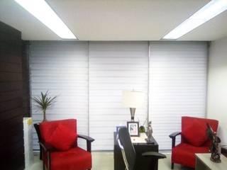 Trabajos recientes (pisos, persianas, etc.) Salas multimedia modernas de Decoración Integral Lindavista Moderno