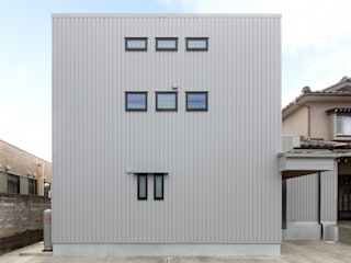 現代房屋設計點子、靈感 & 圖片 根據 荒井好一郎建築設計室 現代風