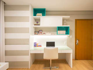 Natália Parreira Design de Interiores Camera da letto moderna