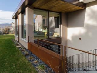 casa MD Case moderne di AMBROGIO BARBIERI ARCHITETTI Moderno