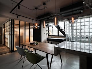 Eclectic style dining room by 湜湜空間設計 Eclectic