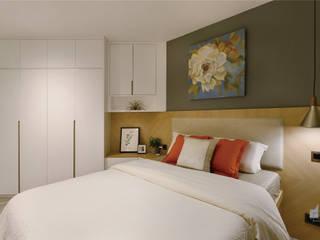 Taikoo Shing, Hong Kong Modern style bedroom by Darren Design & Associates 戴倫設計 Modern