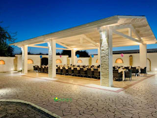 Palladiana Anticata in Pietra di Apricena Giardino in stile mediterraneo di AURORA MARMI DI AVELLINO MATTEO Mediterraneo