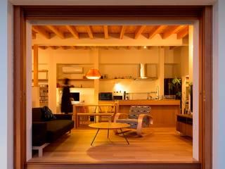 松原建築計画 一級建築士事務所 / Matsubara Architect Design Office Soggiorno in stile scandinavo Legno Bianco