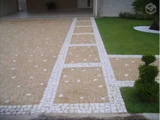 根據 Atrium Vale Pedras e Projetos 現代風
