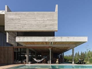 ATV Arquitectos Casas de estilo minimalista Concreto Gris