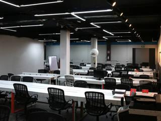 Oficinas Rappi Campus CDMX Edificios de oficinas de estilo industrial de Fobos Lighting Studio Industrial