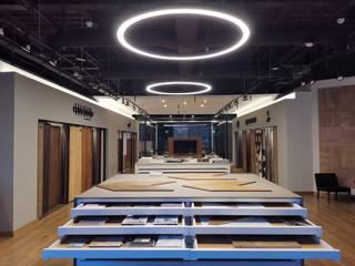 Showroom Pisos Creativos Goldsmith Espacios comerciales de estilo minimalista de Fobos Lighting Studio Minimalista