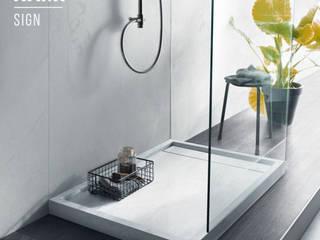 Piatti doccia Bagno moderno di Nami Bath Moderno
