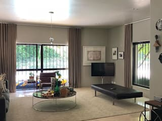 Modern living room by SimpliMation Pty Ltd Modern