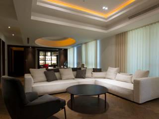 聯聚方庭 现代客厅設計點子、靈感 & 圖片 根據 璞爵設計Project Design 現代風