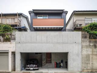 富士見台の家- 地下一体型インナーガレージのある家- モダンな 家 の 鈴木賢建築設計事務所/SATOSHI SUZUKI ARCHITECT OFFICE モダン