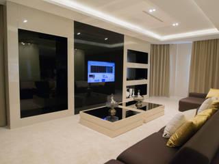 Projectos Salas de estar modernas por Projecto 84 Moderno