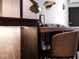 𝐒𝐈𝐄𝐑𝐑𝐀 𝐄𝐀𝐒𝐓 | 𝐍𝐄𝐖 𝐘𝐎𝐑𝐊 𝐋𝐎𝐅𝐓 Modern dining room by WOOD & COL SDN BHD Modern