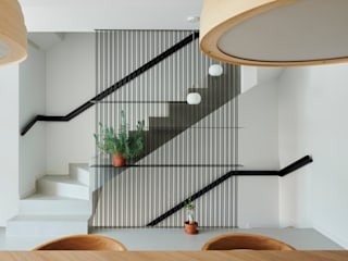 Single-family house in Cabrera de Mar Mediterranean style dining room by Alex March Studio Mediterranean