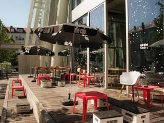 Kiosk_Kantine Ausgefallener Balkon, Veranda & Terrasse von Architekturbüro Christoph Hilger Ausgefallen