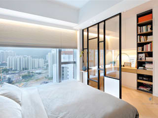 One Kai Tak, Hong Kong Modern style bedroom by Darren Design & Associates 戴倫設計 Modern