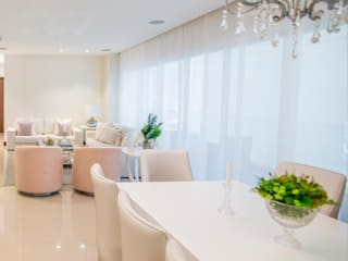 Monica Saravia Столовая комната в стиле минимализм