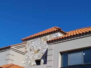 Casa 546 de LR arquitectura Clásico