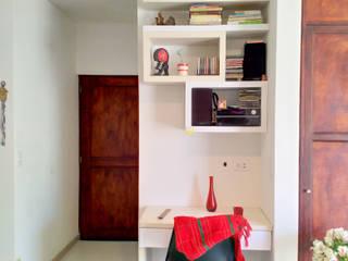 APARTAMENTO 701 EL CEDRAL Estudios y despachos de estilo moderno de A Urbano Construcciones S.A.S Moderno
