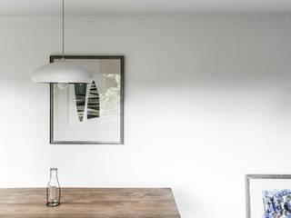 Remodelación departamento Las Condes Comedores de estilo minimalista de AlCubo Arquitectos Minimalista