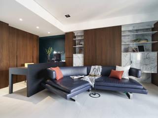老宅新裝夢幻飯店宅 现代客厅設計點子、靈感 & 圖片 根據 千綵胤空間設計 現代風