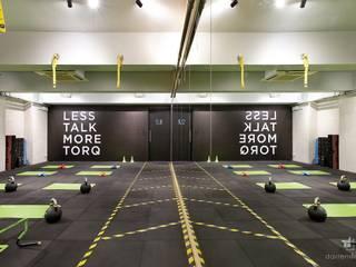 TORQ Fitness, Hong Kong Modern gym by Darren Design & Associates 戴倫設計 Modern
