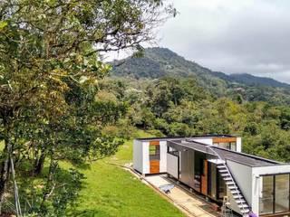 Casas modernas: Ideas, imágenes y decoración de DeCasas.co Moderno