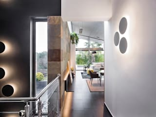 Couloir, entrée, escaliers modernes par Egue y Seta Moderne