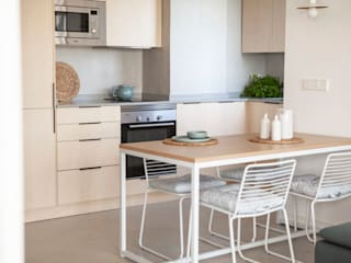 INVERSIONES EXPOSICIÓN SL Small kitchens