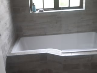 Renovations and Home Improvements Classic style bathroom by Phakama Services Group Pty Ltd Classic
