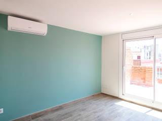 Grupo Inventia Salas de estilo moderno Concreto Azul