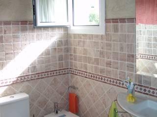 Rustic style bathroom by ESTUDIO FRANCIA INTERIORISMO Rustic