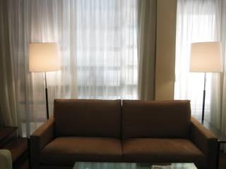 Estudio JLNavarro Eclectic style living room Wood Brown